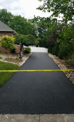 Frederick residential asphalt paving