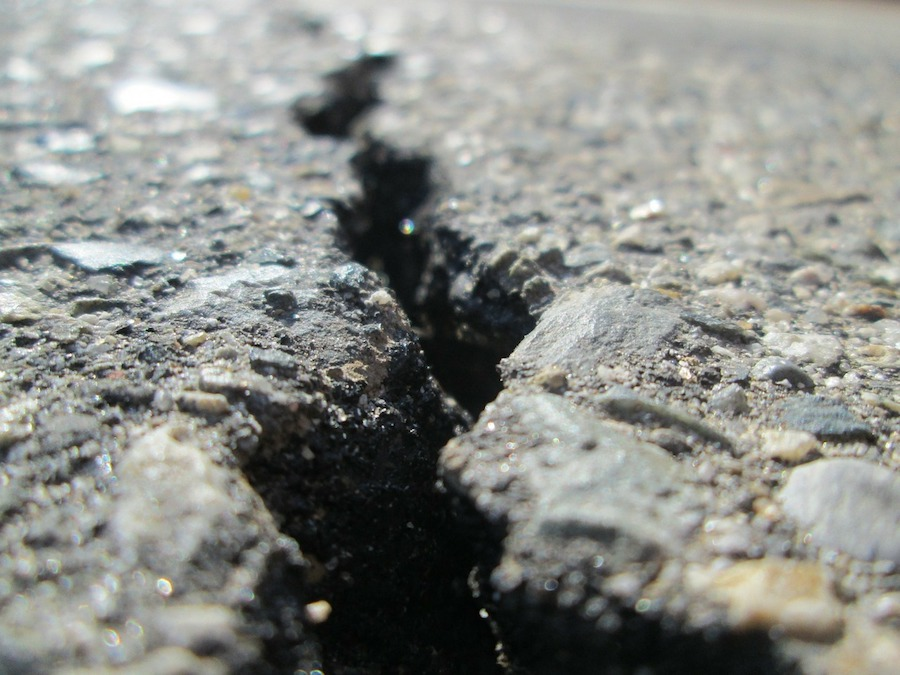 Protecting Your Asphalt Project from Sun Damage 2
