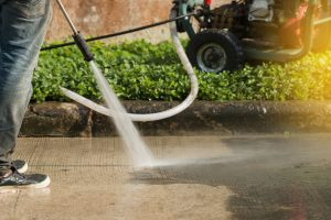 how to clean a concrete driveway