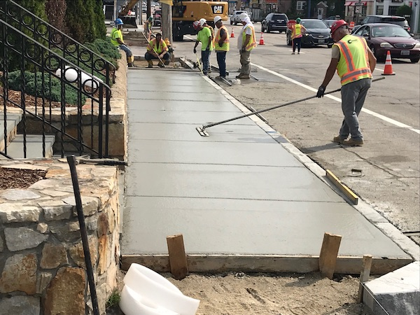 city sidewalks and curbing repair