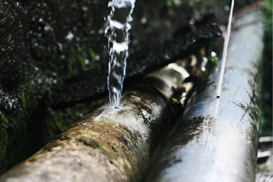 commercial property pipes bursting