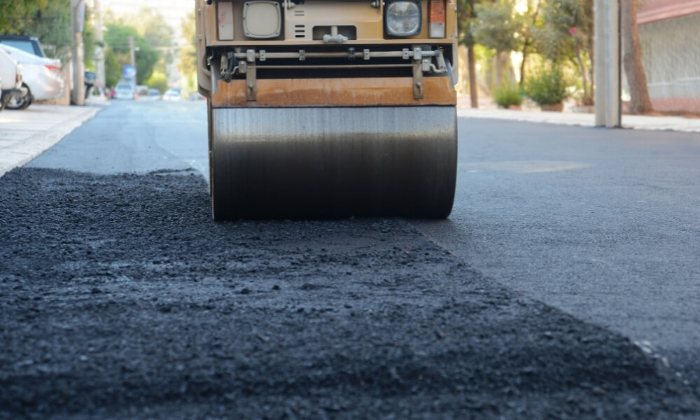 commercial asphalt maintenance